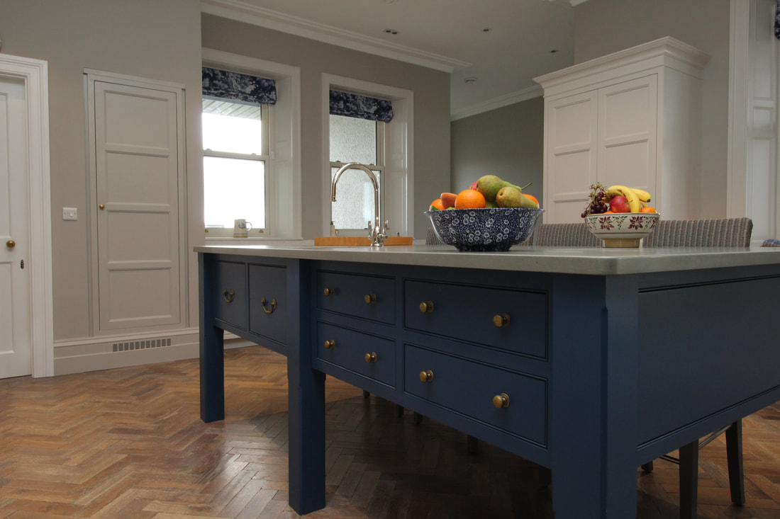 Richard Egan Clonmel Bespoke hand crafted kitchen with cabinets